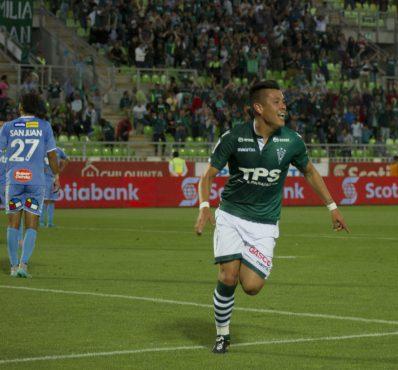 Wanderers recupera la punta en un gran segundo tiempo