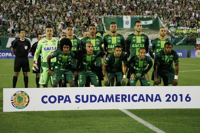 Clubes de todo el mundo solidarizan con Chapecoense en este triste momento