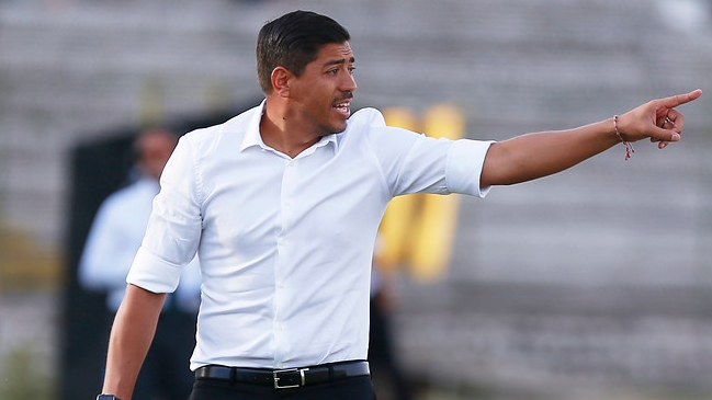 Nicolás Córdova se mantendrá una temporada más en Palestino