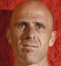 DT. Gustavo Grondona