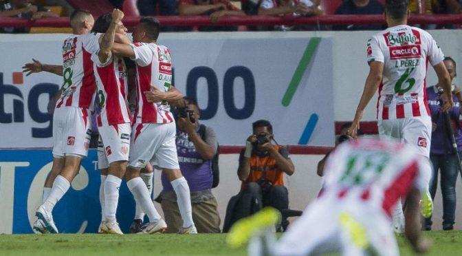La actuación de Víctor Dávila que le valió estar en el equipo ideal de la Liga MX
