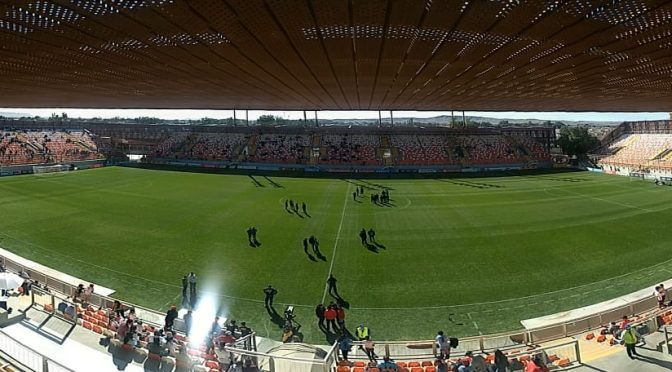 Colo-Colo cae ante Iquique y llega con dudas al Superclásico