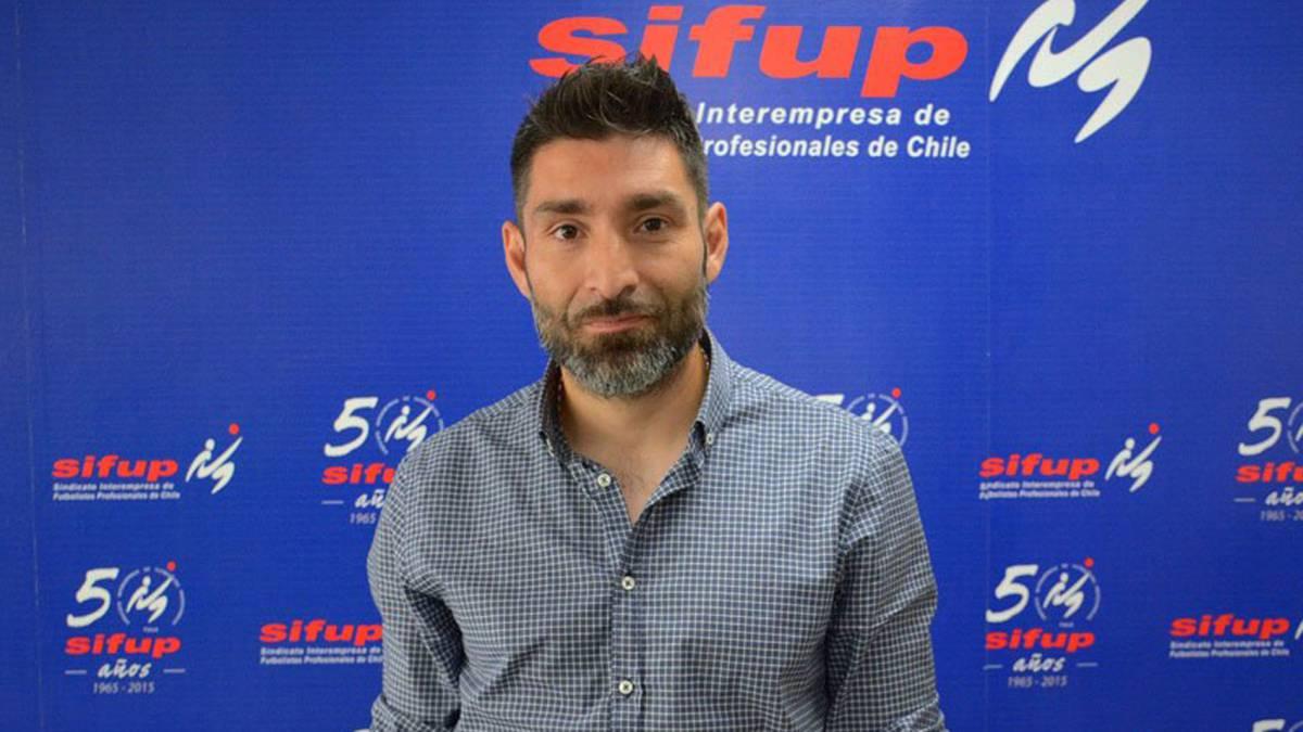 Gamadiel García anunció que paralizará el torneo si no se reglamenta la Segunda División